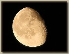 mar_moon